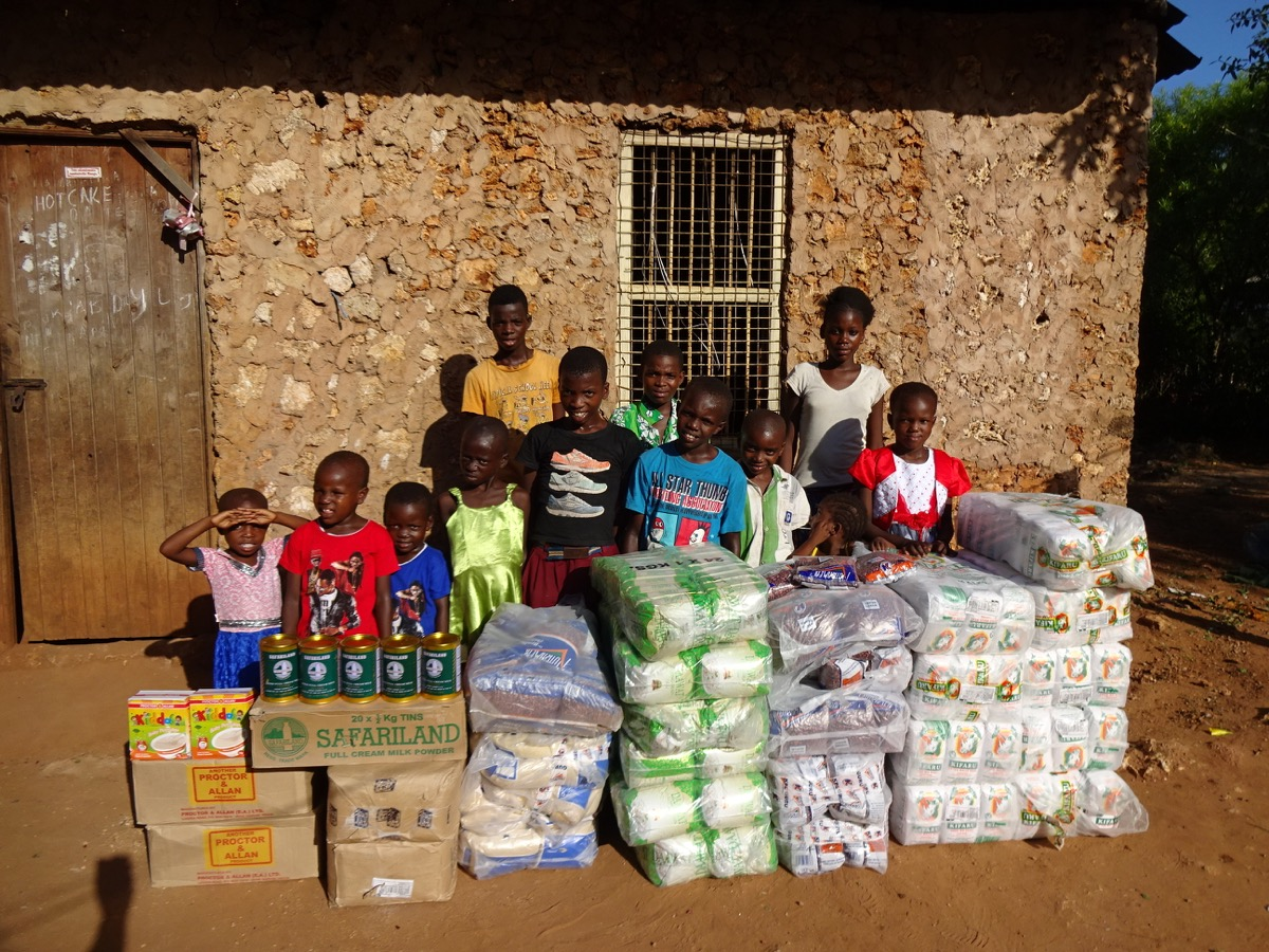 BABKA AREA, FOOD AID. KIDS TOGETHER 2015 DEC