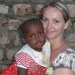 S Kibibi v roku 2009 v rozostavanej prvej miestnosti House of Smile